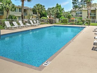 2BR Panama City Beach Townhome w/Stunning Views!