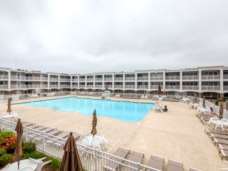 New Listing! 1BR Oceanfront Mantoloking Condo w/Wifi, Olympic-Size Pool & Amazing Views - Between Point Pleasant and Seaside Heights, Just Steps to Ocean!