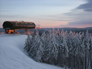Soaring Eagle 102- Ski in/Ski out, Best views!, Snowshoe