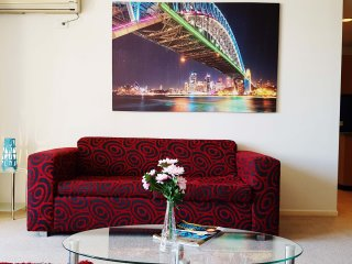 Anchor on Paramount - 2 Bedroom Premium (A), Melbourne