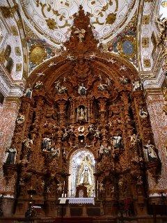 !!! Te invitamos a ver la Iglesia del Carmen, con un retablo barroco inmejorablemente conservado !!!