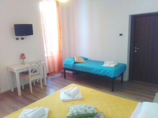 Falco triple room, private with bathroom