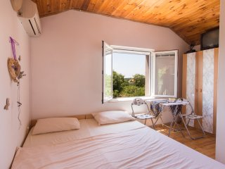 House Godimento - Double or Twin Room with Terrace and Garden View