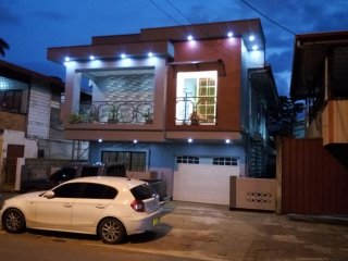 Medeterrainian style Breakfast Villa with all modern amenities.AC,TV, hot water