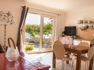 2bedroom apartment,waterfront,peaceful,windsurf., Kuciste