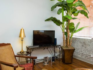 Cable TV and private wi-fi
