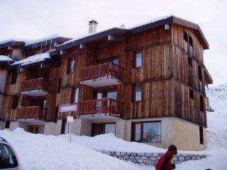 Plagne village duplex pied des pistes 8 couchages