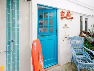 Flip-flops, Love Lane,VERY CENTRAL near beaches, St. Ives