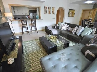 Al Haseer 2 Bed+Maidsroom Apartment- Palm Jumeirah, Dubaï