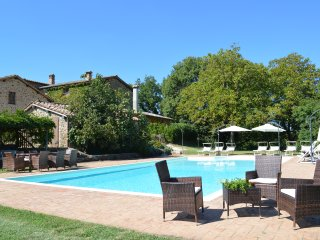 Peacefull Villa in Siena area with facilities for disabled