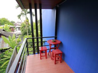 Suite room in town(VS) at the famous Loi-Kroh Road, Chiang Mai