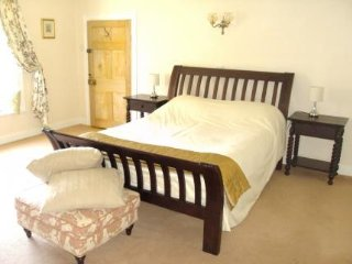 Abbey Farm Bed And Breakfast - Merevale Room, Atherstone