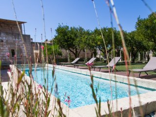 1700 Luxury Masseria, private pool,10' from Otranto beaches & Castro Marina sea