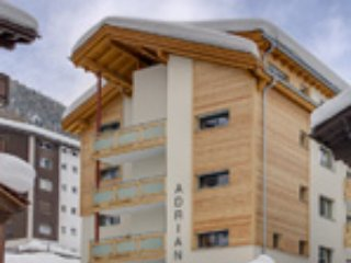 Haus Adrian, 2 bedroom apt close to ski lift.