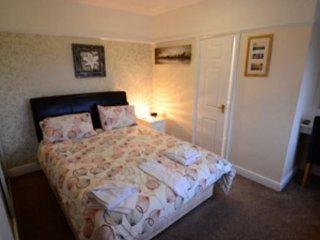 The Wheeldale Room 6 Sea View