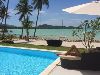 BLISS VILLAS - Luxury Beachfront Pool Villas