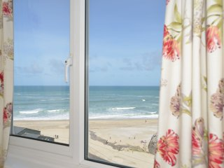 Sea Spray Unrivalled Views - 50 Yards from Beach, Portreath