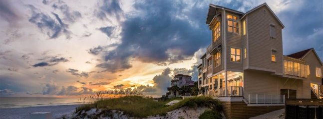 Admire the Beautiful Sunsets That The Emerald Coast Has to Offer From 22 Port Co