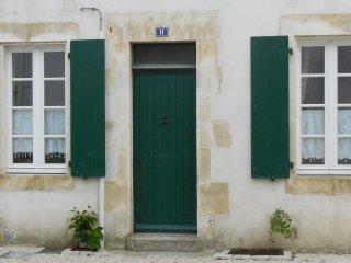 jolie maison de pays rénovée avec jardin ile de ré