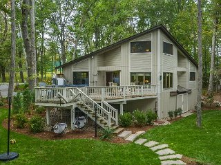 Lakefront home with fire pit, hot tub, and dock slip!, Swanton