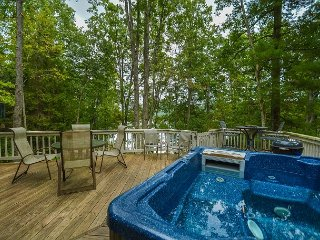 Lakefront home with hot tub!