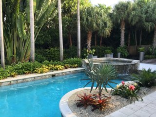 Private home w/pool. Walk to beach & Atlantic Ave, Delray Beach