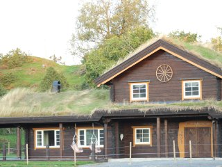 Snerting Ranch Hotel, Straumen