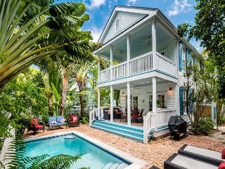 AQUA PEARL CREST - Beautifully Renovated Monthly Rental w/ Private Pool., Key West