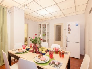 Prague Holiday Apartment 10200