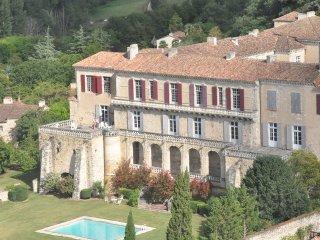 Chateau de Poudenas