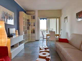 Bright flat in the vicinity of the Arco della Pace, Milan
