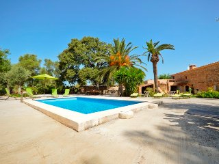 Renovated Majorcan country house with pool.