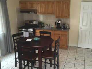 Afordable Cozy and Convenience, Daly City