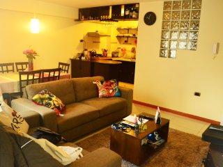 Cozy Room in Residential Neighborhood