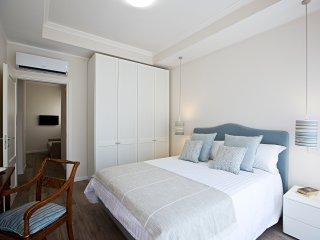 Esclusivo appartamento in centro/porto/ 35 mq., Naples