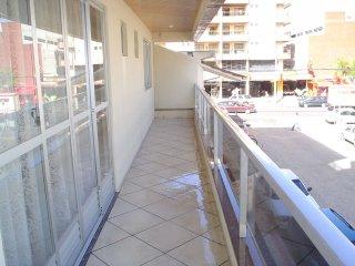 Pertinho da Praia, 3 quartos, frente aos shoppings, Itapema