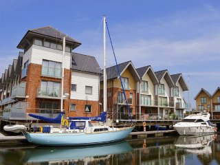 Lazy Life's Retreat - Island Harbour - Beautiful waterside property - Grouped, Newport