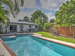 3BR Fort Lauderdale Area Home w/Private Pool & Hot Tub, Oakland Park