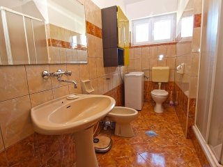 Apartment 8985