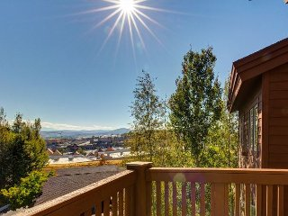 2BR, 2.5BA Crestview Condo with Clubhouse – Near Resort, Trails & Shopping, Park City