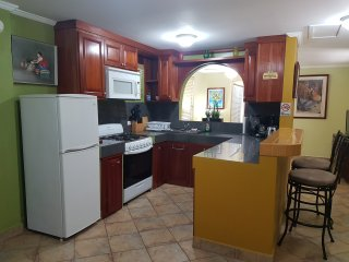 Modern Studio Apartment For Rent, Cidade de Belize