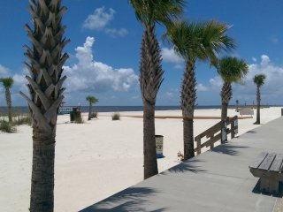 Welcome To The Beach Life!, Gulfport