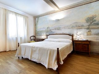 Melarancio Tre apartment in San Lorenzo {#has_lux…, Donnini