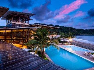 Pico de loro Beach club,Nasugbu Batangas 2br 413b