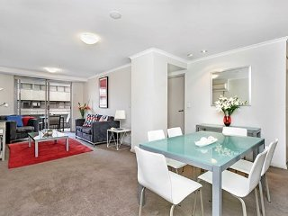 LN706 - 1 BR, Fantastic location!, Sydney