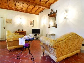 Della Pergola apartment in San Marco {#has_luxuri…, Vinci