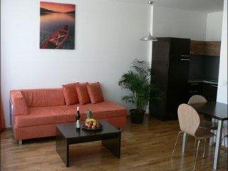 Angel III apartment in Smíchov {#has_luxurious_am…, Praga