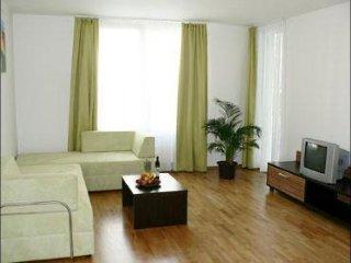 Angel I apartment in Smíchov {#has_luxurious_amen…, Praga