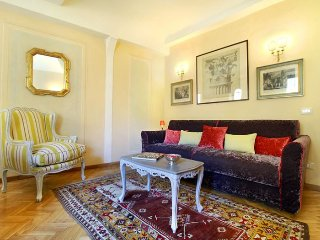 Trebbio Royal apartment in Santa Maria Novella {#…