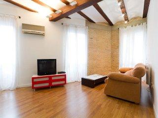 Loftly apartment in Extramurs – Botanic {#has_lux…, Valencia